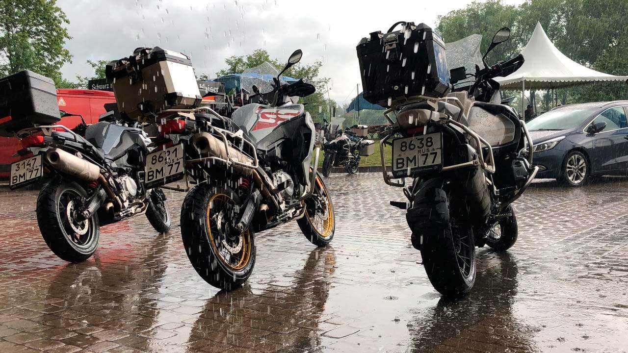 АВТОДОМ BMW Motorrad проводит тест – райд нового модельного ряда мотоциклов BMW в удивительном Суздале